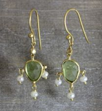 Peridot / Pearl  Drop Earrings