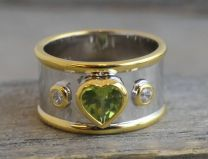 6mm Peridot Heart Statement Ring